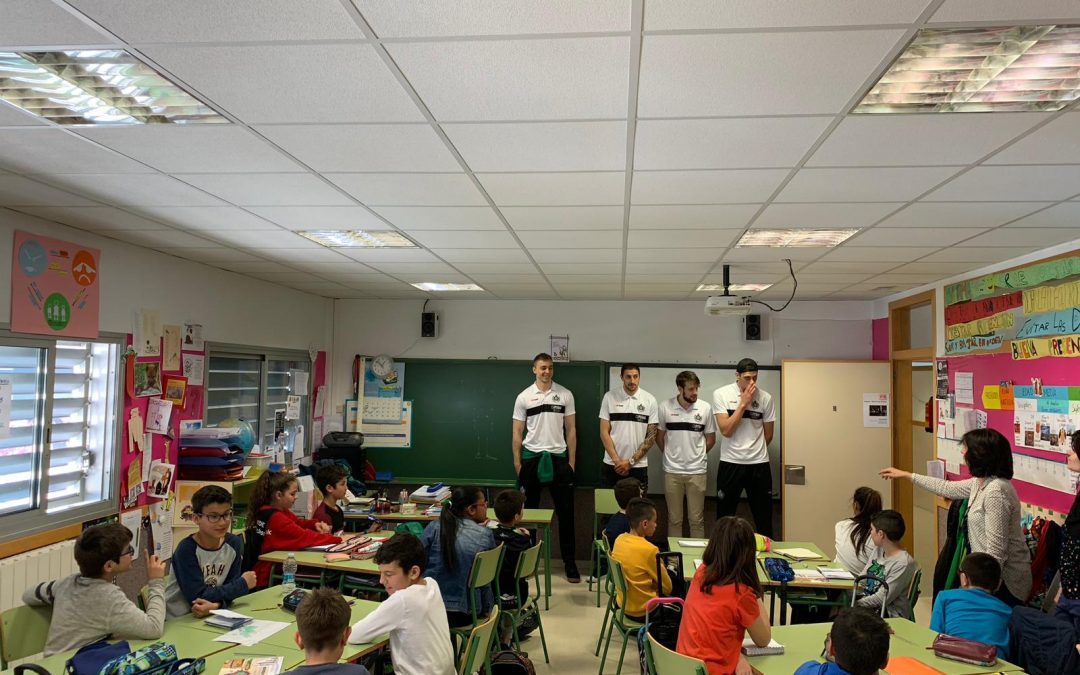 NOTICIA  Levitec Huesca visita el Colegio Pirineos-Pyrinees