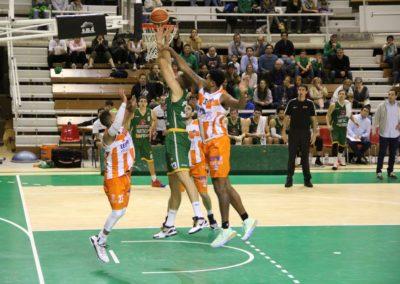 Levitec Huesca cae por 65-66 ante Leyma Coruña